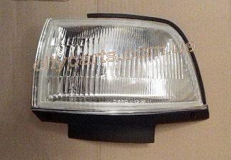 Габарит фонарь Toyota Camry SV20 CV20 1987 - 1991