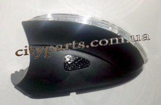 Повторитель поворота зеркала с подсветкой Пассат Б7 2010 - 2015